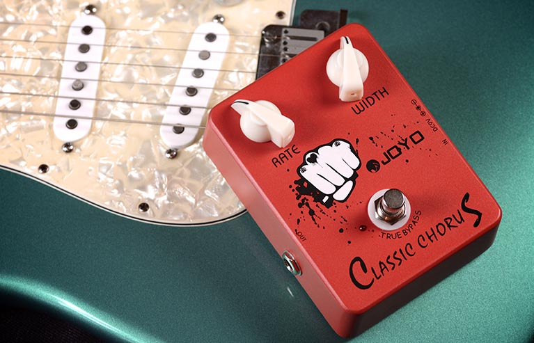 Joyo JF-05 Classic Chorus Guitar Effect Pedal with Free Pedal Case mooer ensemble queen bass chorus effect pedal mini guitar effects true bypass with free connector and footswitch topper