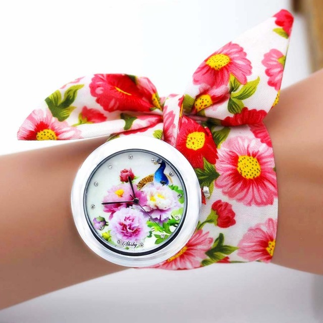 shsby new unique Ladies flower cloth wristwatch fashion women dress watch high quality fabric watch sweet girls Bracelet watch 2