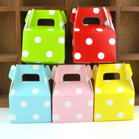 100pcs Creative Horn Shape Dots Favor Box Portable Paper Packaging Box Wedding Christmas Baby Shower Candy Gift Box 10*7*5cm