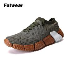 Fotwear Men sneakers casual shoes Flyknit uppers Lightweight A barefoot-like feel Breathability Flywire cables