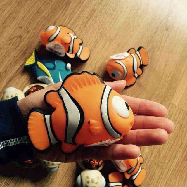 3 unids/set Baño favorito del bebé seguridad de los juguetes no tóxicos NEMO peces tortugas marinas movilización total niños juguetes de agua juguetes para el baño