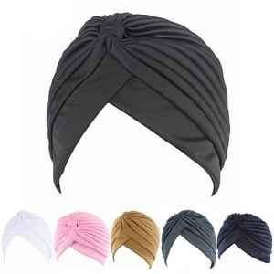 Image 4 - נשים אלסטי נמתח בימס כובע בנדנות הגדול סאטן מצנפת חיג אב כובע כובע עבור Musleim נשים מוצק צבע מוסלמי טורבן כובע 1PCS