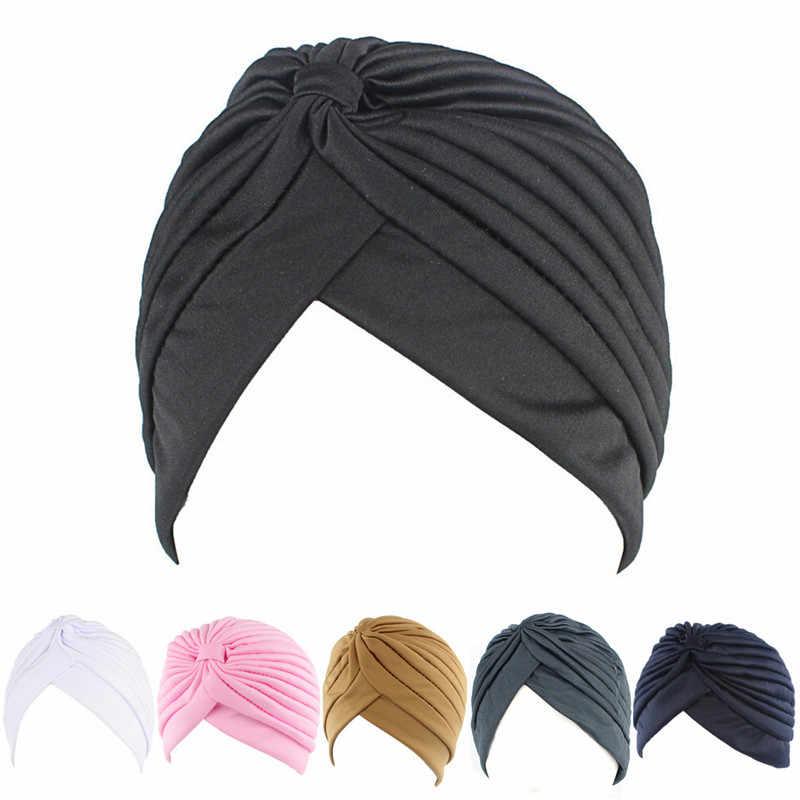 Donne Elastica Elastica Berretti Cappello Bandane Grande Raso Cofano Hijab Cappello Della Protezione Per Musleim Delle Donne di Colore Solido Musulmano Turbante Cap 1PCS