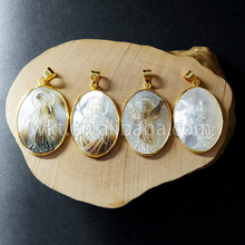 WT- P682 Latest Trending Unique Carved shell Pendants natural shell with gold loop handcarved vigin mary Jesus christian Pendant