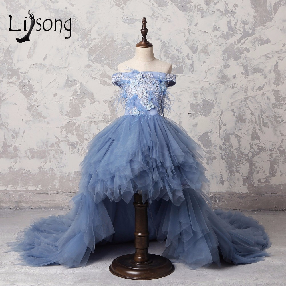 Dusty Blue High Low Long Feather Pageant Dresses For Girls Appliques Pearl Ruffles Flower Girl Dress Off Shoulder Comunion Dress