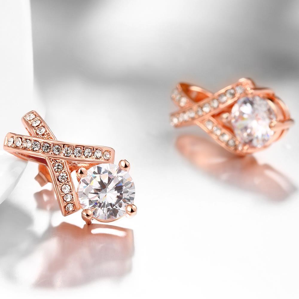 QGGLE Fashion Rose Gold Personality Hollow Out Geometry Stud Errings For Women