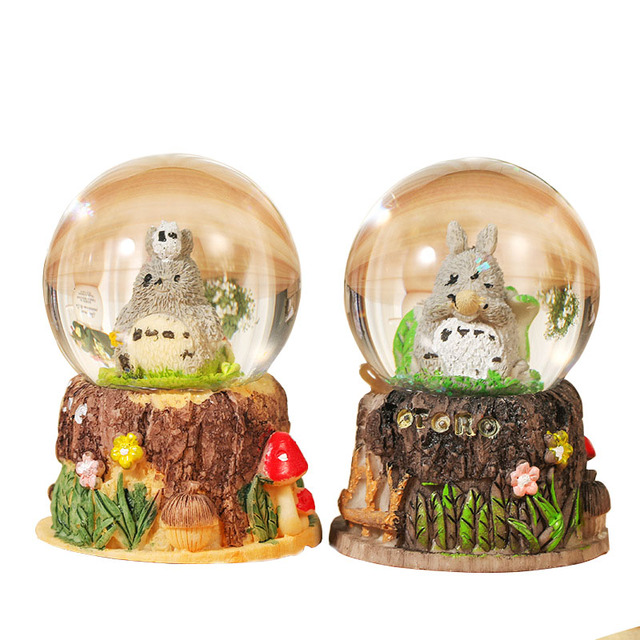 Modern Cartoon TOTORO Crystal Snowball Crafts Night Lighting Craft  Figurines Home Decoration Miniatures For Kids Birthday