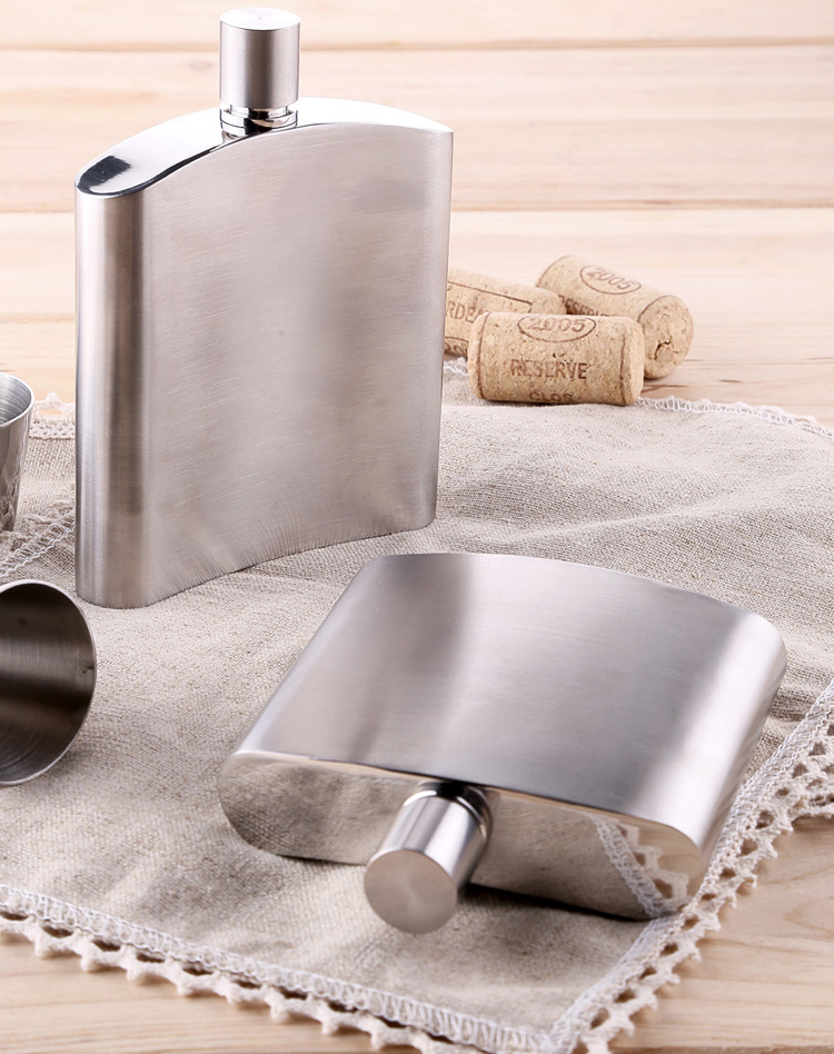 Men S Outdoor Portable Mini Cute Flagon Russian Japanese Style 304 Stainless Steel 6 Oz Hip