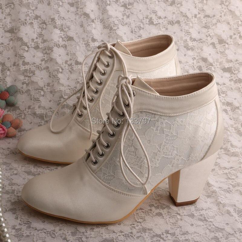 Neue Ankunft Lace up Kurze Stiefel für Hochzeit Brautschuhe