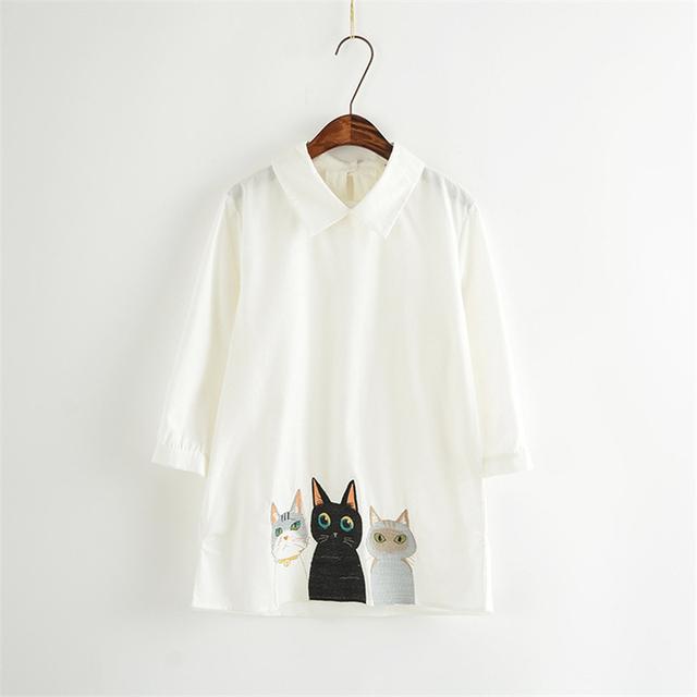 Camisas de Colarinho branco Do Sexo Feminino Verão Dos Desenhos Animados Bonitos Encantadores Gatos Bordado Mulher Moda Casual Camisa A890