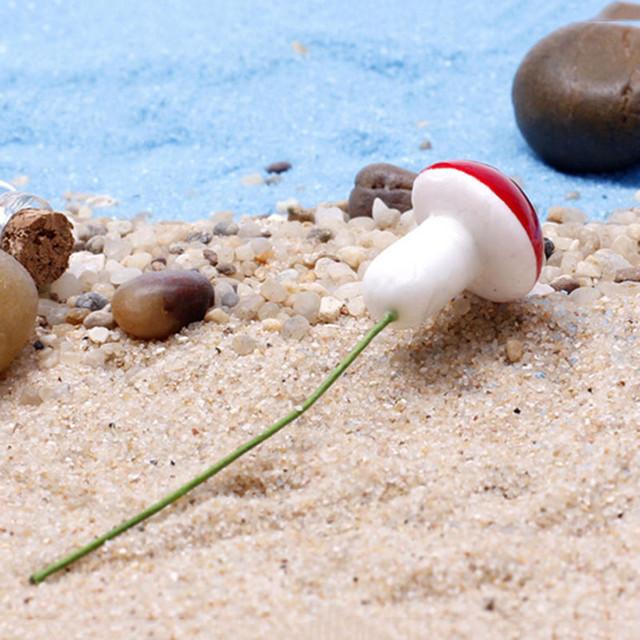 50pcs Mini Red Mushroom Garden Ornament Pots Fairy DIY Miniature Plant Dollhouse Landscape Bonsai Plant Gardening Decor Stakes