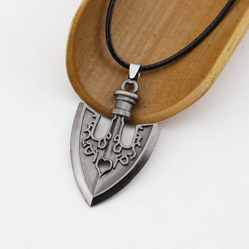 Retro Black Small Spade Pendants & Necklaces For Women Jojos Bizarre Adventure Killer Queen Higashikata Josuke Jewelry A720