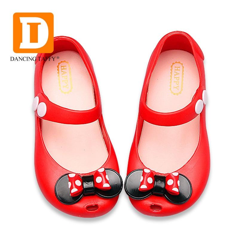 4ca390471d8ca Enfants jardin chaussures 2019 nouveau Mini Mickey sandales gelée cristal  enfants chaussures Mickey Minnie caoutchouc filles