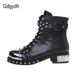 Image 3 - Gdgydh/пикантные женские ботильоны с заклепками; Женская обувь из натуральной кожи на не сужающемся книзу массивном каблуке со шнуровкой; Обувь на платформе в стиле готического панк; Сезон весна; Большие размеры
