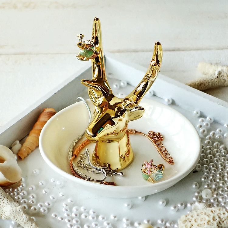 Aliexpress.com  Buy Fashion Jewelry plate Necklace Earrings Rings Deer Stand Display Organizer Holder dish gifts wedding decoration ashtray from Reliable ... & Aliexpress.com : Buy Fashion Jewelry plate Necklace Earrings Rings ...