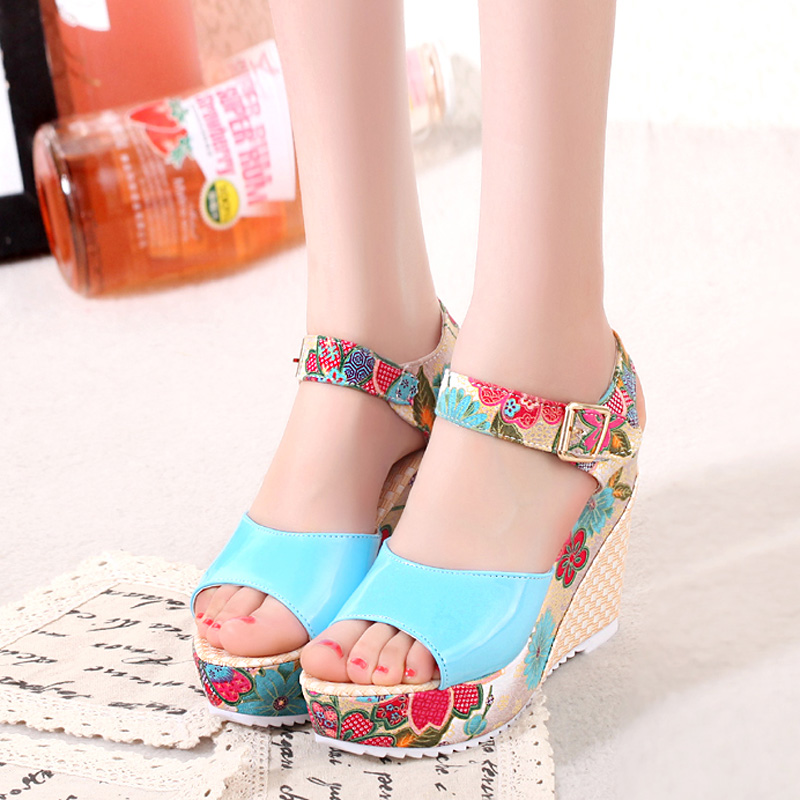 HTB1uncTaCCWBuNjy0Fhq6z6EVXaw 2019 Women Sandals Summer Platform Wedges Casual Shoes Woman Floral Super High Heels Open Toe Slippers Sandalias Zapatos Mujer