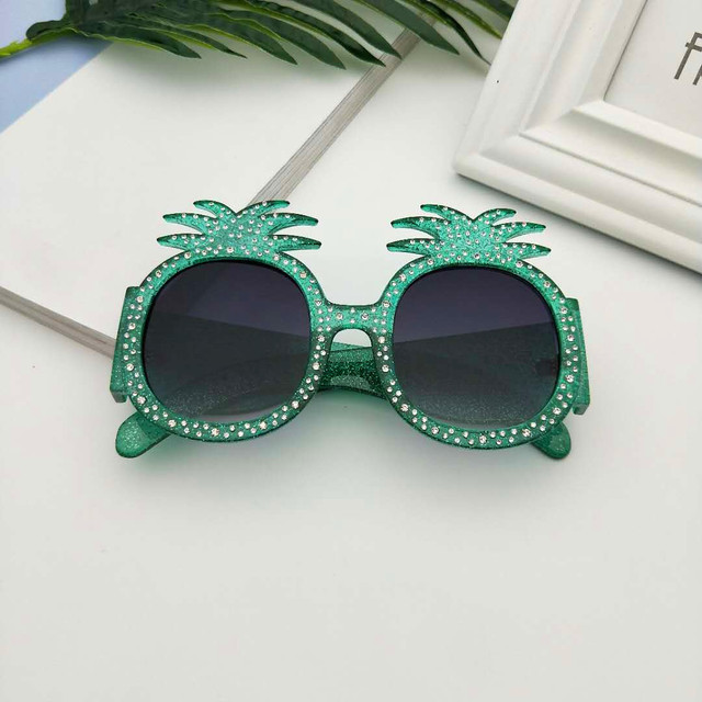 MINCL/New Hot Hawaiian Beach Sunglasses Pineapple Goggles Hen Party Evening Party Dress Up Party Crystal Sunglasses With Box LXL