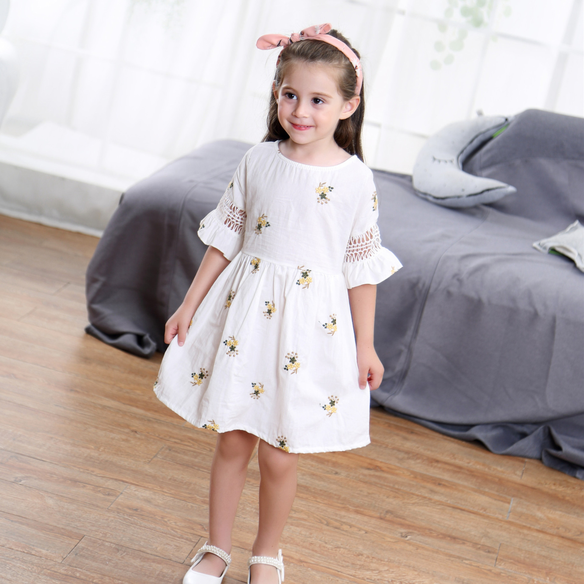 2017 New patternins The summer Tong girls dress children princess dress in a floral on behalf of