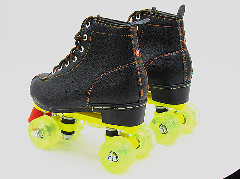 Genuine Leather Roller Shoes Adult Roller Skates 4 Wheels Skates For Women Quad 4 Wheel Rollers Skates Festival Gift Double Line цена 2017