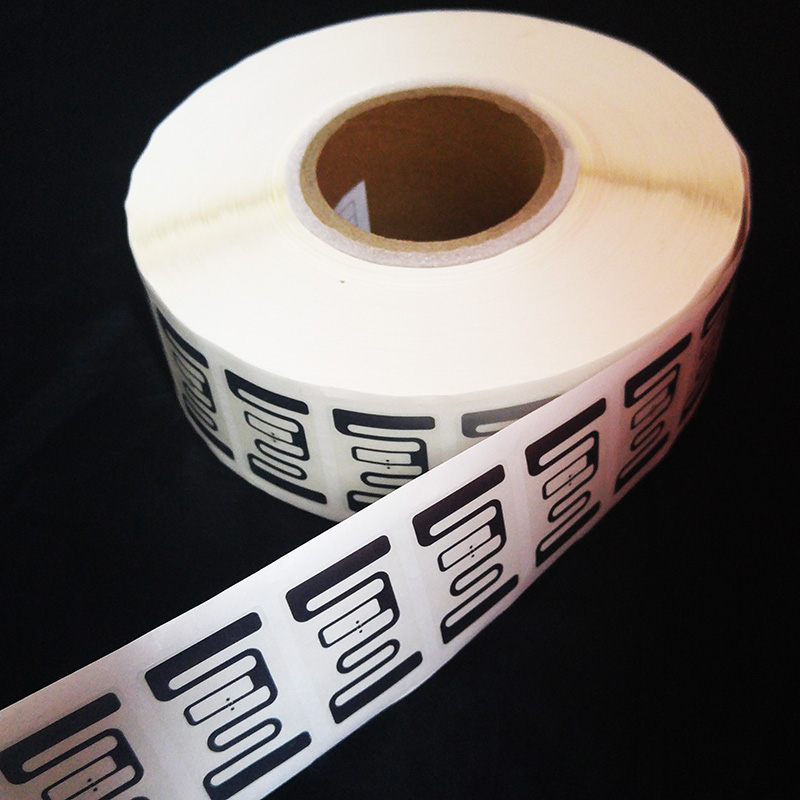 Hunging or stucking Clothing management UHF RFID stickers ISO18000-6C EPC Gen2 tags long range label