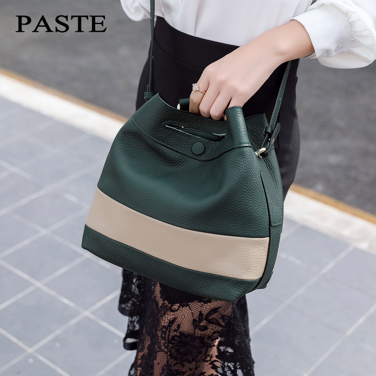2017 NEW Famous Brand genuine leather bucket bag Luxury Elegant shoulder messenger bags Fashion Panelled color women bags new genuine leather women bag messenger bags casual shoulder bags famous brand fashion designer handbag bucket women totes 2017