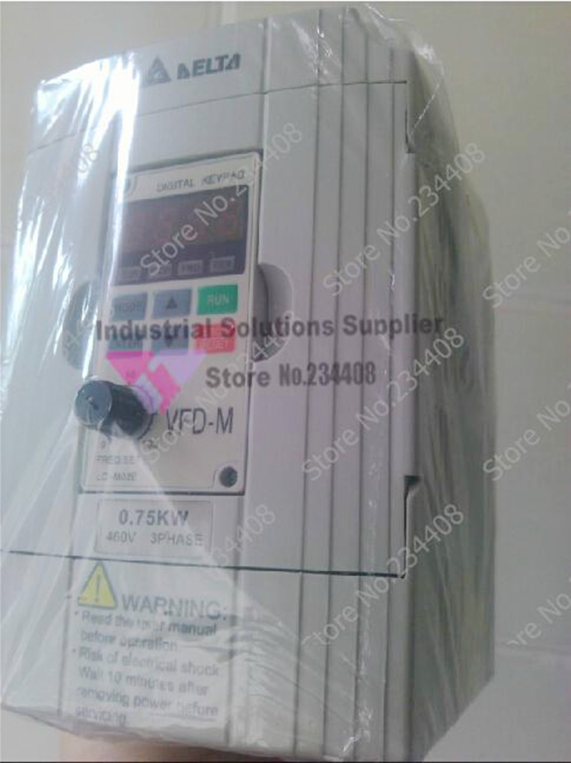 Input 3ph Output 3 Phase Motor Drive Inverter VFD007M23A 750W 0.75KW New Original