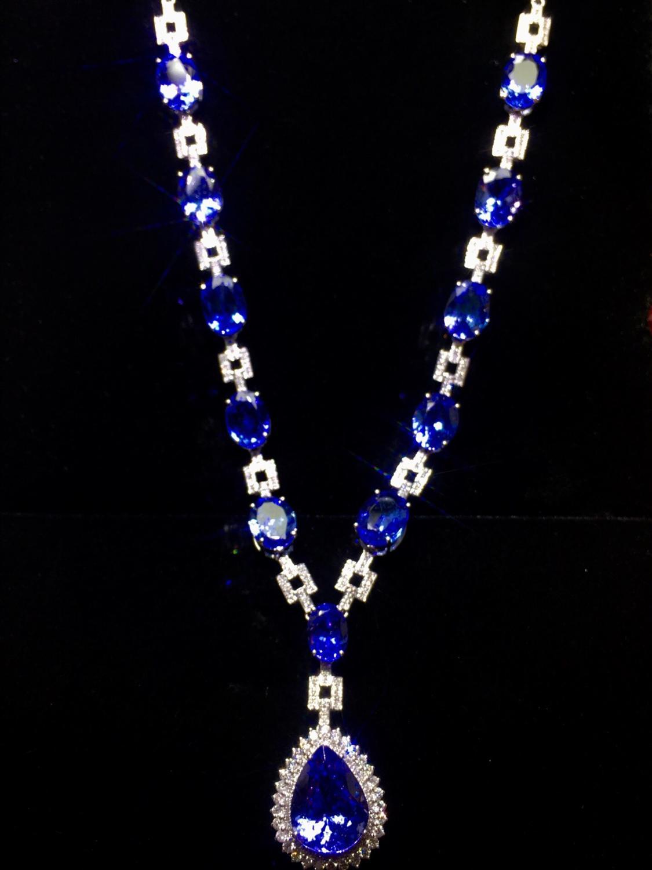 Fine Jewelry Real 18K White Gold AU750 Natural Blue Tanzanite Gemstones 21ct Pendants For Women Fine Necklace