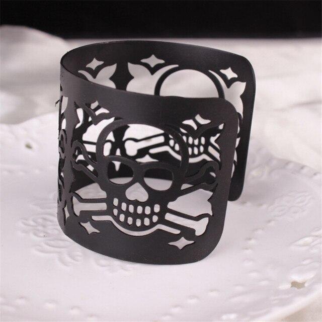 Adjustable Punk Style Cut-out Skulls Bracelet
