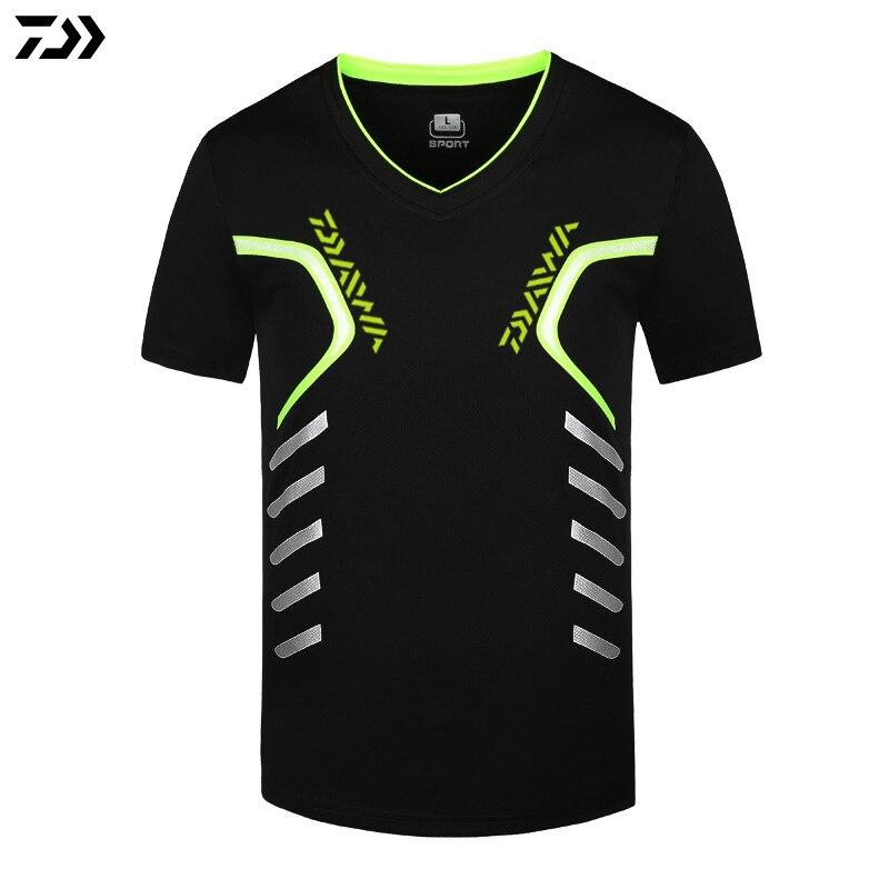 Daiwa Shirt Men Quick Drying Fishing Clothing T Shirt Ultrathin Short Sleeve Sunscreen Anti-UV Breathable Fishing TShirt S~5XL