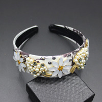 New Europe And The United States Wind Baroque Fashion Hair Accessories Pearl Flower Sunflower Leaves Hair