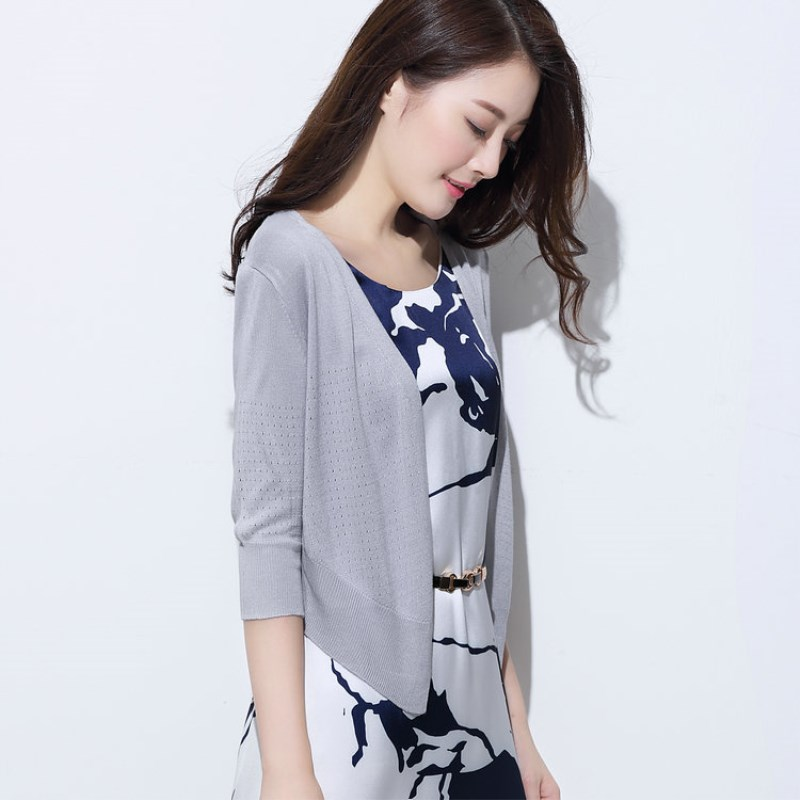 Spring summer NEW Female Silk Wool blended knit Cardigan V-neck Dovetail hollow Cardigan small jacket, thin soft short section