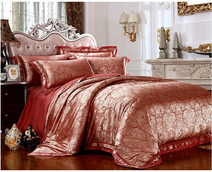 Luxury Gold Red Satin Jacquard Bedding Set For King Queen
