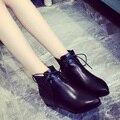 Plana botas de fondo plano de las mujeres señaló zapatos de las mujeres en las botas de las mujeres en la primavera y el invierno alta de invierno de arranque de la moda