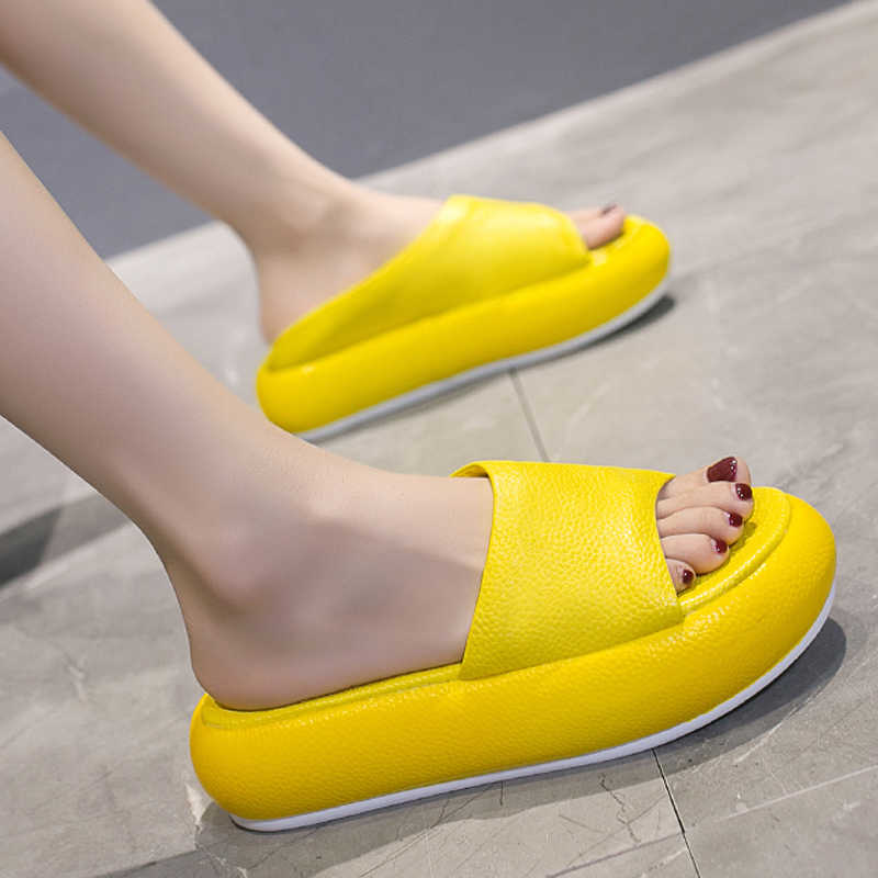HEE GRAND 2019 New Flat Platform Slides Women Slippers Summer Shoes Woman Soft Bottom Creepers Ladies Casual Flip Flops XWT1821