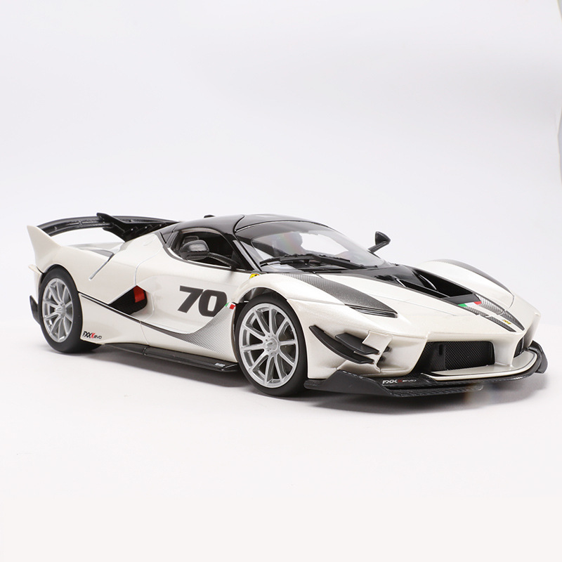 <font><b>1:18</b></font> Scale Top Version For Ferraried Fxxk Sports <font><b>Car</b></font> Model <font><b>Diecast</b></font> Alloy <font><b>Car</b></font> Toys Model With Steering Wheel Control With Box image
