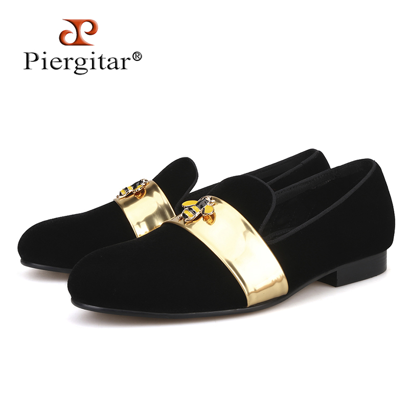 2018 New style Handmade men velvet loafers with Gold Patent leather and Bee buckle wedding and