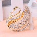 Chapado En Oro Brillante de AMOURJOUX White Swan Broches Pin Para Las Mujeres Chapado En Oro Broche de la Aleación Broche de Moda