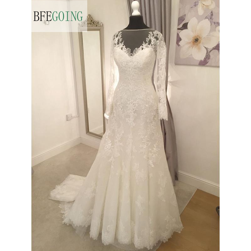 Ivory Lace Applique Tulle Floor Length A Line Wedding