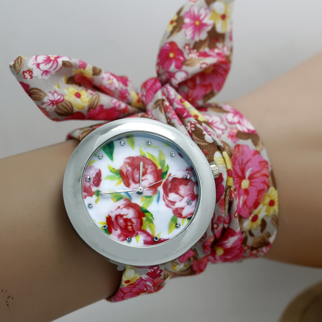 Ladies flower Cloth Wrist Watch