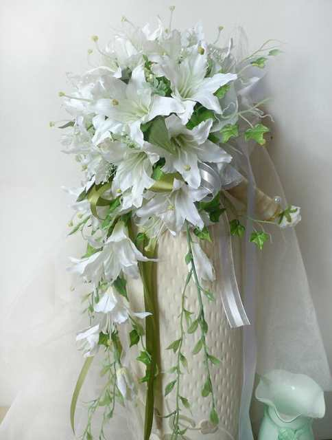 96d05f55701 White Waterfall Lily Bridal Bouquest Royal Wedding Bouquet For Brides  Flower Drop Shaped Bridal Artificial Holding