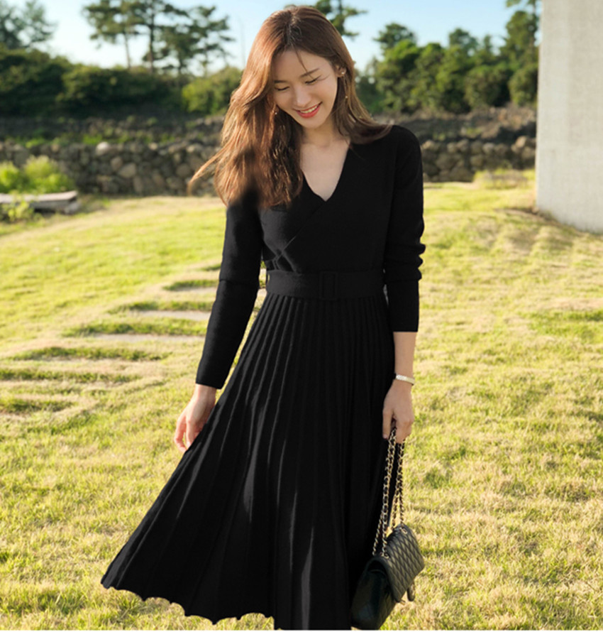HAMALIEL New Fashion Women Knitted Pleated Dress Fall Winter Long Sleeve Thick Sweater Dress Casual Sexy V Neck Sashes Dress 43