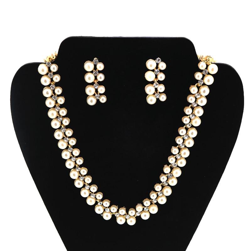 Bohemia Imitation Pearls Akryl Chokers Halskjeder og øreringer Kvinner Elegant Wedding Halskjede Set Motesmykker