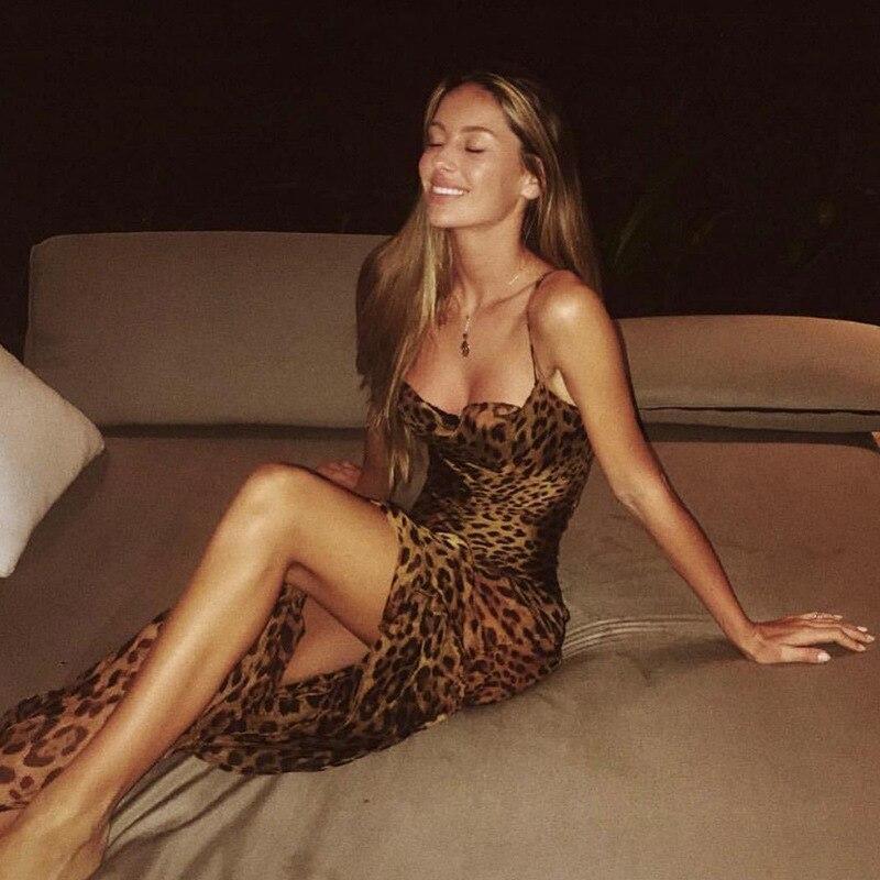 Profond col en V haute fente Sexy robe de soirée imprimé léopard femmes Spaghetti sangle dos nu soie Satin robe élégante discothèque robe