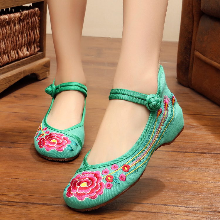 Green red Old Beijing Embroidered Women Shoes Mary Jane Flat Heel Denim Chinese Style Casual Cloth Plus Size 5colors Shoes Woman