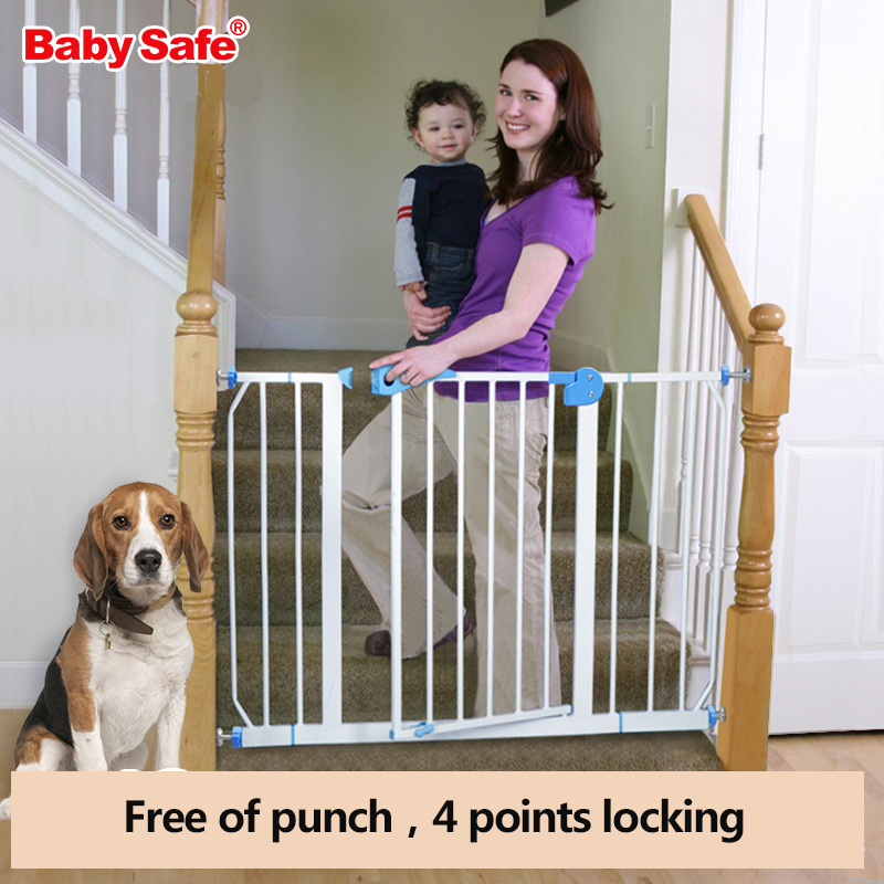 Free ship  babysafe  metal iron gate baby safety gate pet isolation fence 75-82cm width кошелек quiksilver theeverydaily iron gate