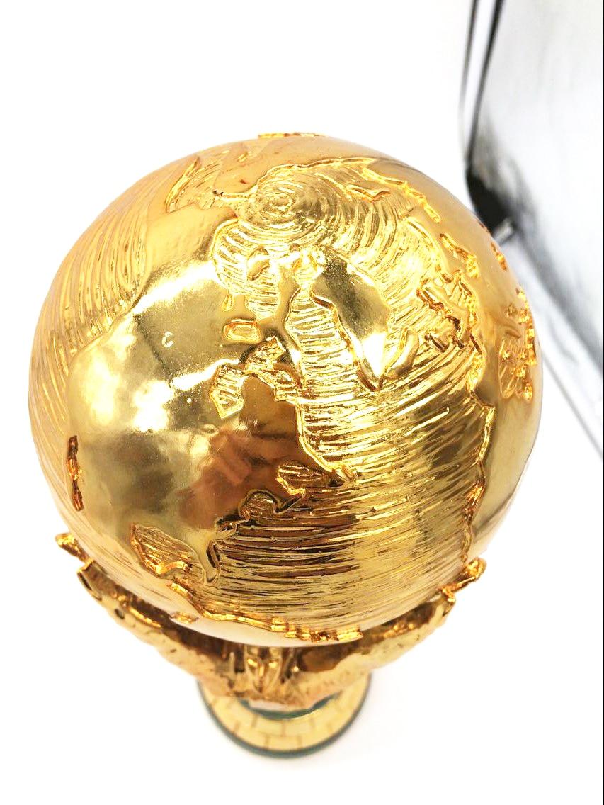 hot sale 1:1 36 cm World Cup Football trophy Resin Replica Trophies Model Brazil World Cup Best Soccer Fan Souvenir Gift world s best trophy boss