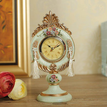 AIBEI-Europe Style Victoria Resin Desk Table Clocks Mini classical Rose Retro Clock Home Decoration