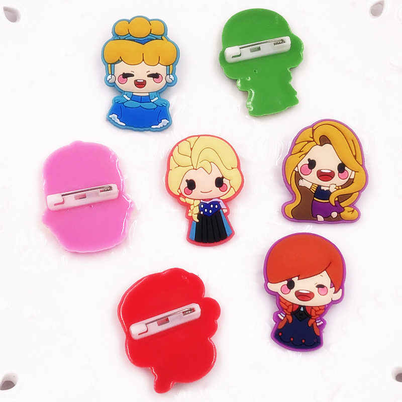 7 個かわいい漫画プリンセスマーメイドエルザアンナ PVC ピンバッジブローチ子供襟スカーフ針バックパック服子供インテリア