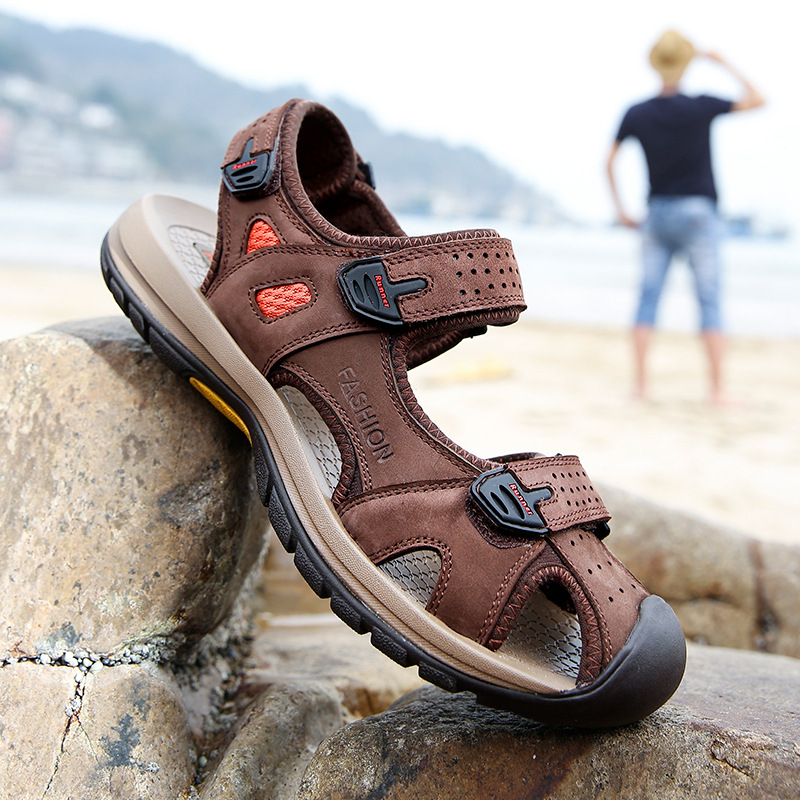 Sandals Men Leather New Beach Shoes 2017 Sport Summer Walking Close Toe Genuine Breathable Outdoor Causal