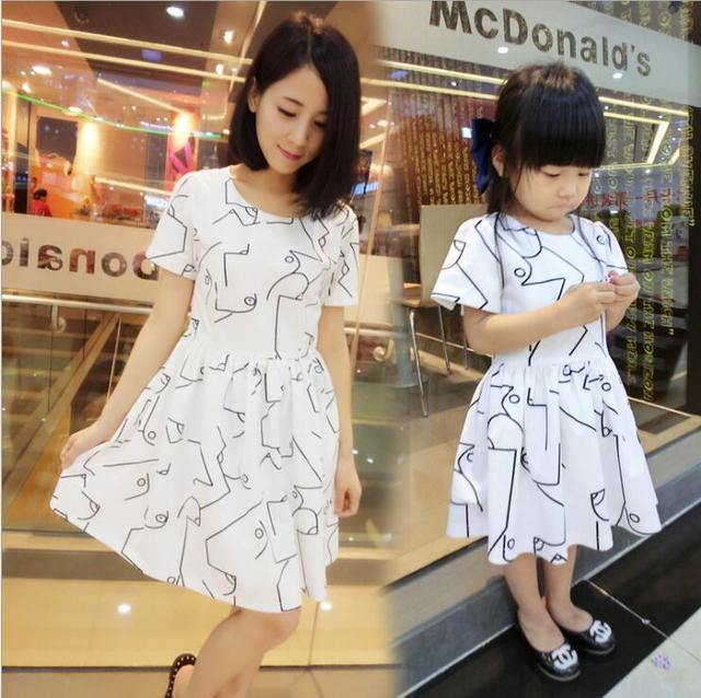 Семьи соответствующие наряды мама и дочь одежда мать и дочь соответствующие семья платья стиль одежды летнее платье YE14